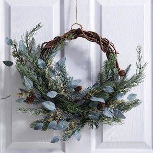 Frosted Green Pine Cone Wreath